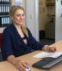 Frau Heidrich kaufmännische Verwaltung outdoor mediateam